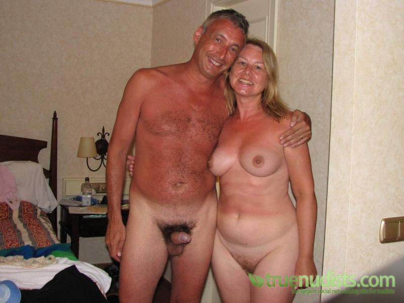 отличие частное жена для мужа голая фото домашних телок раком