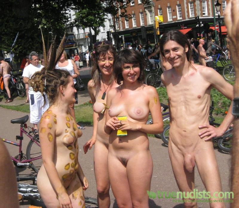 World Naked Photo