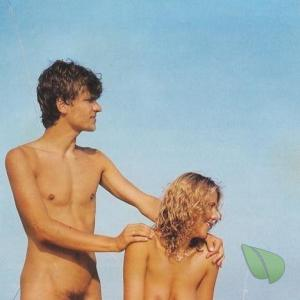 Solo nudist couple getting competitive in nature