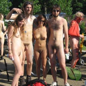 some naturist getting painted out and about