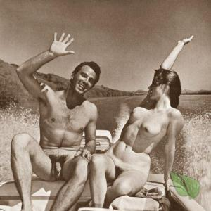 Solo naturist out and about
