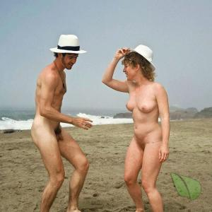 One nude person out and about