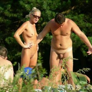A naturist out and about