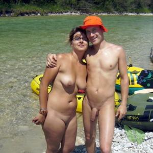 Solo nude couple winning in the woods